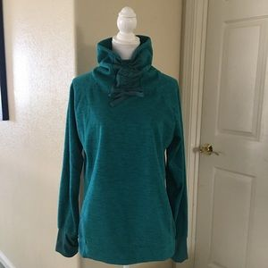 Old Navy Active athletic top size Large